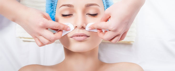 What to Put on Face After Chemical Peel