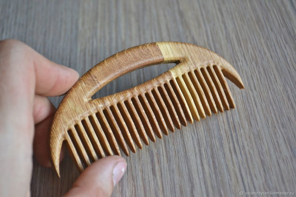 Does Wooden Comb Help in Hair Growth?