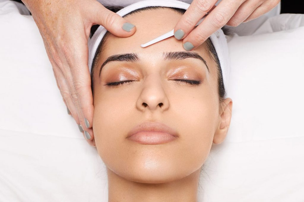 Does Dermaplaning Help With Wrinkles?