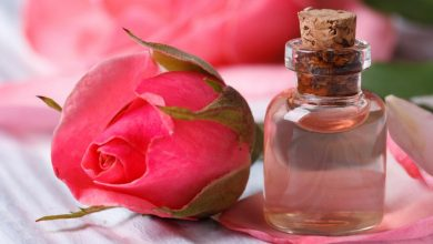 Can I sleep with rose water on my face?
