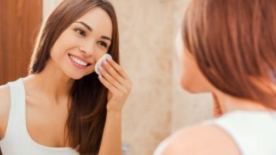 How often should you change your facial sponge?