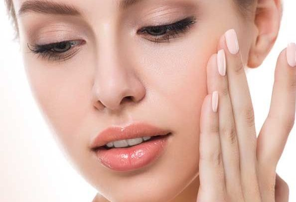 How to Use a Pumice Stone on your face?