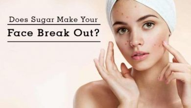 What does sugar do to your face?