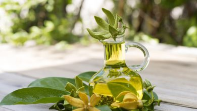 How to Use Ylang Ylang Oil for Hair Growth?